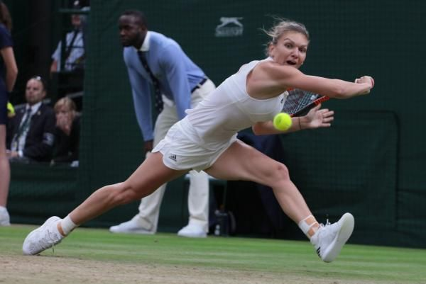 Top-seeded Simona Halep was forced to retire due to heat exhaustion while losing her quarterfinal match against Ekaterina Makarova at the…