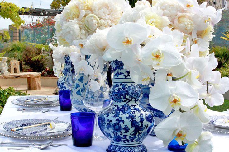 Blue And White Wedding Table Decoration Ideas | Everything Wedding ...