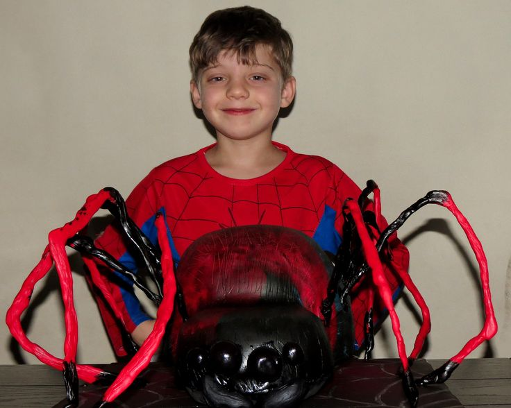Spiderman Spider cake