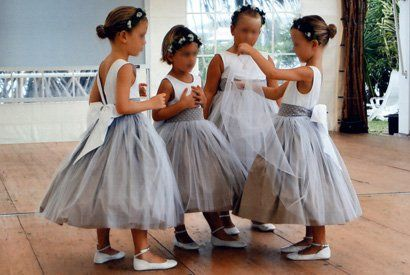Robes tutu grises et blanches pour les filles chaussures