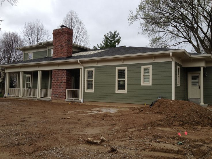 Building Exterior Sage Siding Farmhouse : Best ideas about james hardie on pinterest hardy