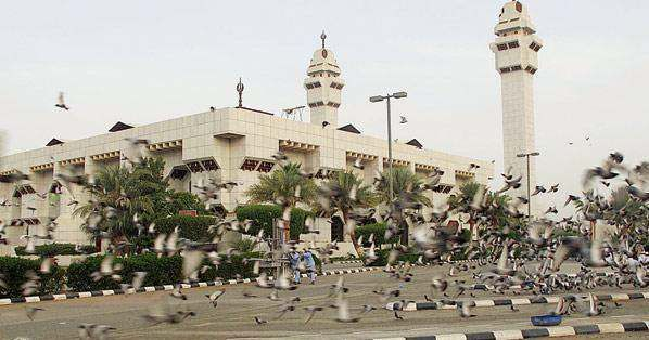 ان المساجد هي بيوت الله في الارض وعندما نذكر مساجد مكة المكرمة فان أول ما يتبادر إلى الأذهان هو المسجد الحرام حيث انه أول بيت وضع Skyline Paris Skyline Paris