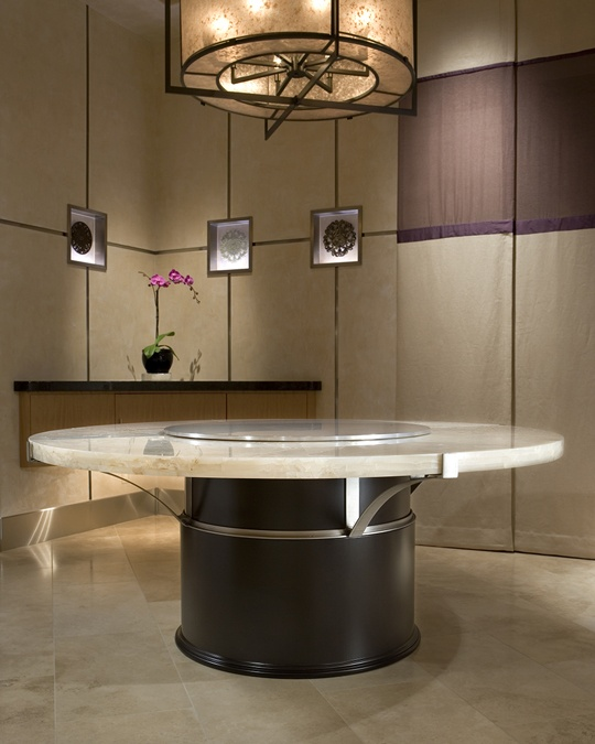 Dining With Friends Is A Luxurious Experience On The Table Of Onyx,  Stainless Steel And