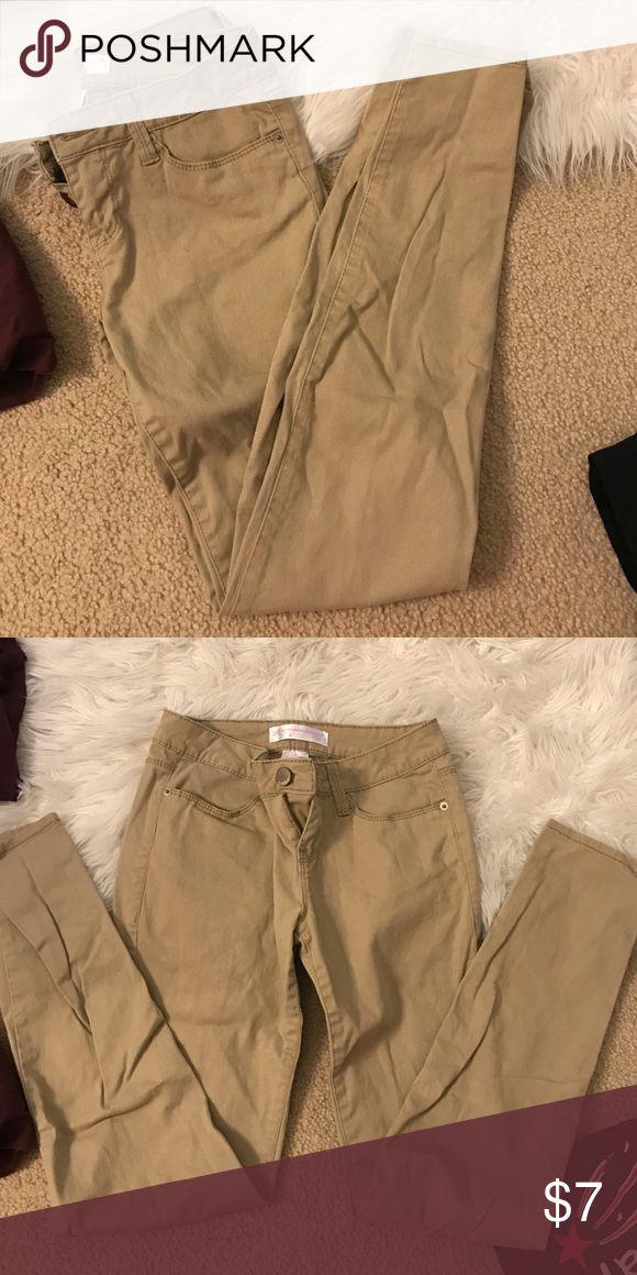 Kaki Pants Regular kaki pants, worn once No Boundaries Jeans Straight Leg