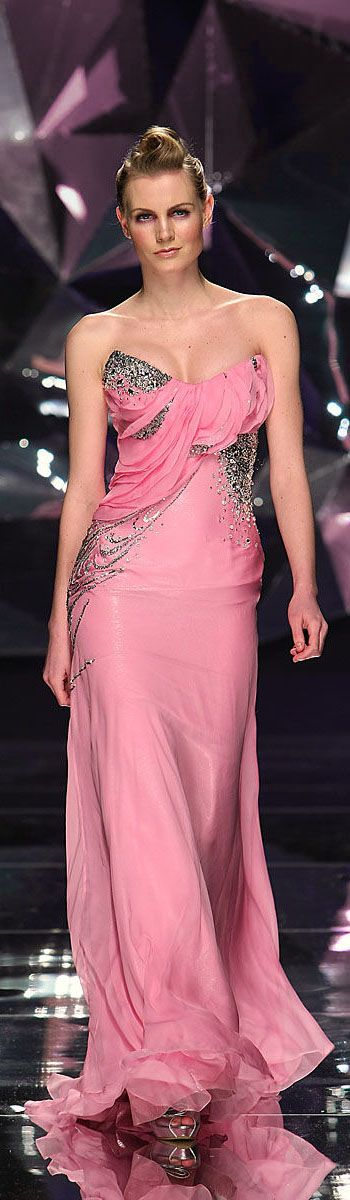Abed Mahfouz, Spring-summer 2009 http://en.flip-zone.com/fashion/couture-1/independant-designers-41/abed-mahfouz-858 (Pink)