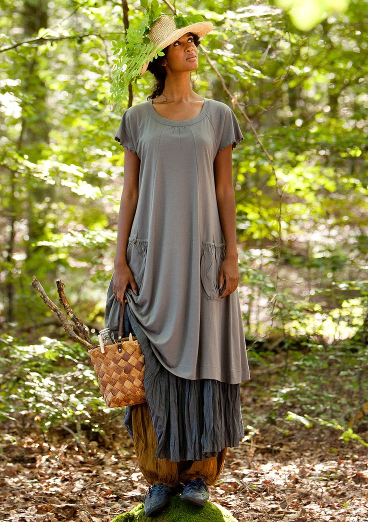 Jersey dress in bamboo & eco-cotton – Skirts & dresses – GUDRUN SJÖDÉN – Webshop, mail order and boutiques | Colourful clothes and home textiles in natural materials.