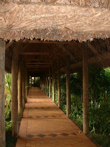 Outrigger on the Lagoon, Fiji Islands -Walkways