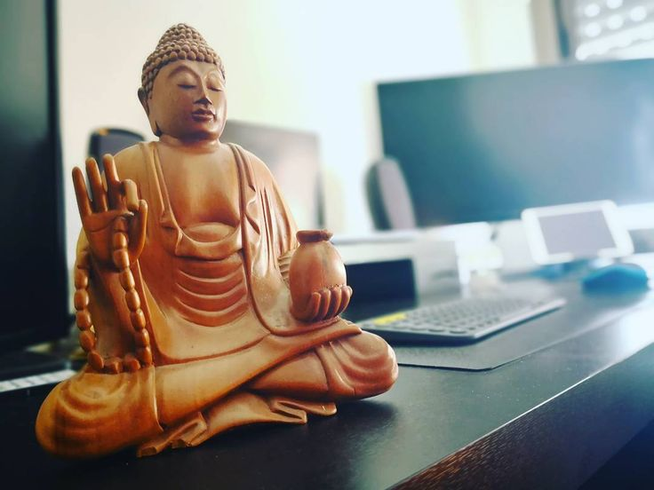 I really feel #peace and #relax in the new desk setup while I am coding it's a very good feeling!!! . . . #ProgrammerRepublic #programmer #programming #gamedev #gamedevelopment #gamedesign #unity3d #Photooftheday #instagood #picoftheday #indiegamedev #indiedev #indiegame #follow #followers #followme #coding #technology #tech #apple #macbook #mac #vr #samsung #codinglife @programmercommunity @codingquotes @worldcode @codeismylife