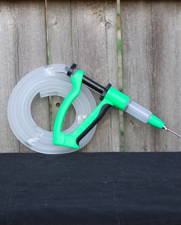 """Killer Hog's BDI Meat Injector BDI Injector comes with BDI Meat Injector Gun, Tube and one 3inch-12gauge needle. The """"Best Damn Injector"""" for Barbecue. The BDI is a simple, all-in-one, bad-dude inject"""