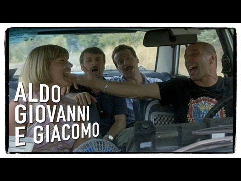 Anplagghed - Tu la conosci Claudia? - Aldo Giovanni e Giacomo