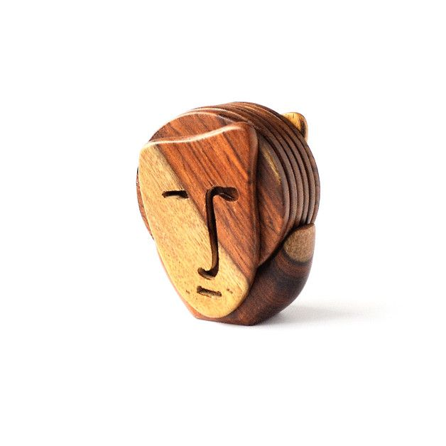 Untersetzer - Hölzerne Untersetzer-Set, Gesicht, Holzmaske - ein Designerstück von Omar-Handmade bei DaWanda