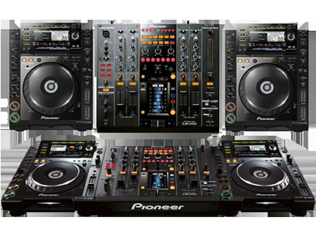 Pioneer CDJ-2000 Multi player x2 + Professional DJ Mixer x1 = DJ's weapons of choice
