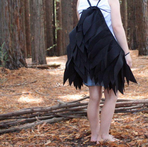 Negro Cuervo alas niños traje de Halloween por sparrowandbcostumery
