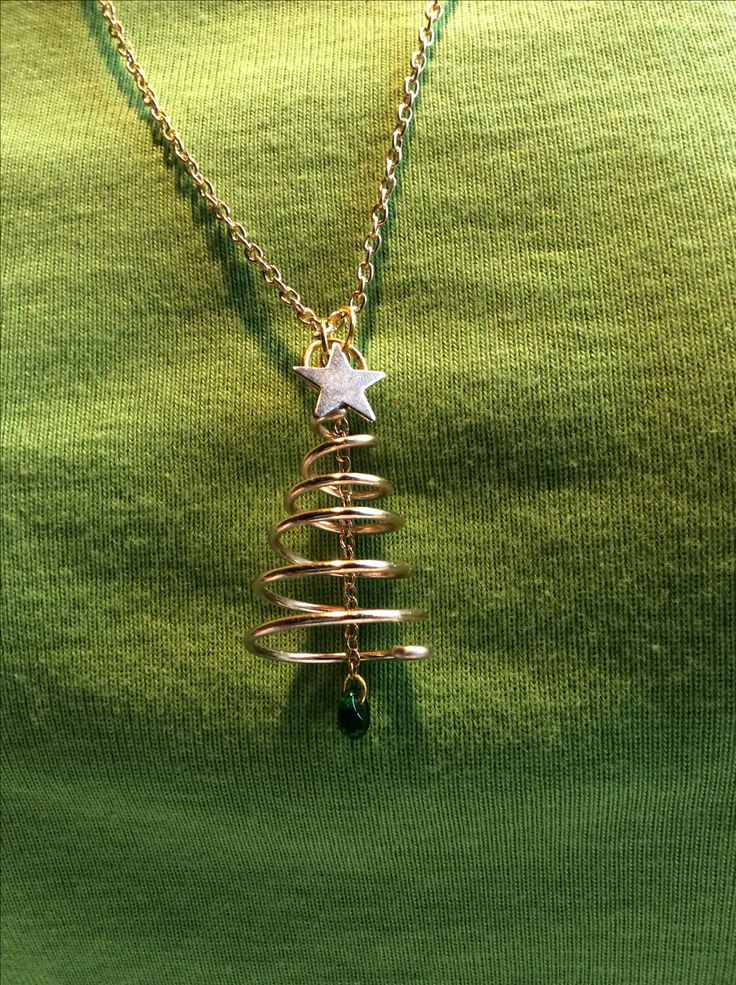 Wire Christmas tree necklace, by Dorothy Barnwell