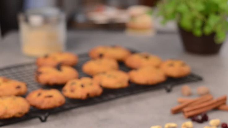 Vegan cookies with carrot and crenberries