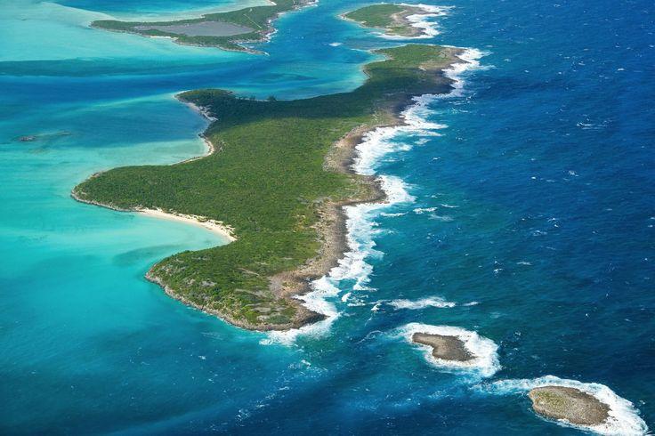 Islas Privadas de Ensueño ¡Imposible no quedarse con la boca abierta ante la #belleza de esta isla en las #Bahamas! http://bit.ly/290ltG6
