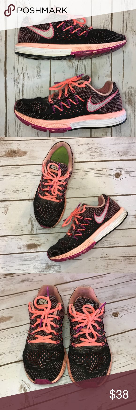 Nike zoom vomero 10 sneakers! Good condition! Nike zoom vomero 10 sneakers! Good used condition! Size 8 Nike Shoes Sneakers