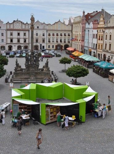 © Michal Šeba With locally grown and organic food becoming more popular in the Czech Republic, EDIT! was asked to design a market stall for a new concept