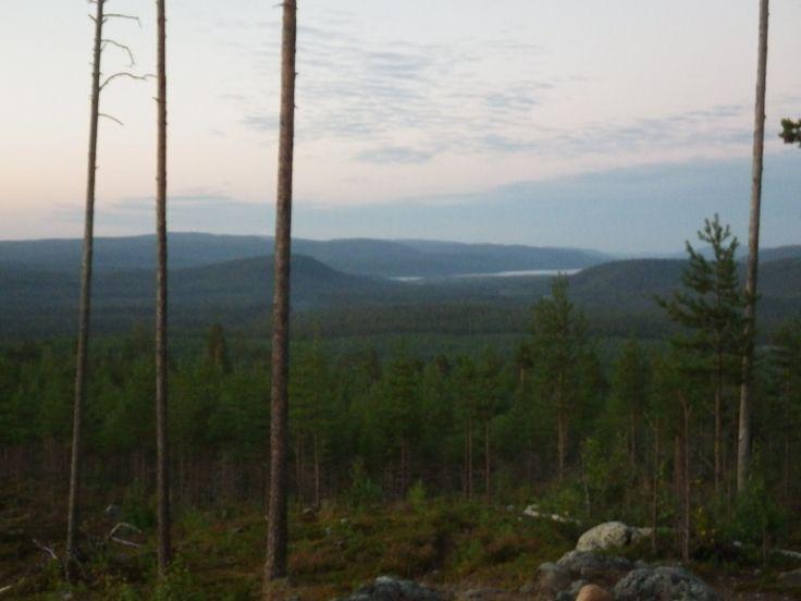 Saunavaara, Paanajärvi näkyy kuvassa Venäjän puolelta. Lake Paanajärvi can be seen (in Russia).
