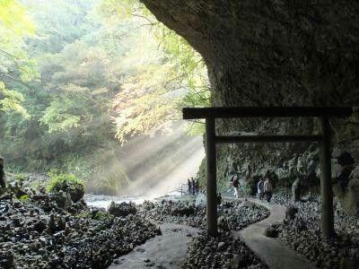 宮崎県高千穂町 天安河原