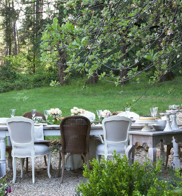 French Country Cottage Entertaining A Party In The Garden Home Entertain Decor Kitchen Idea Summer Outdoor