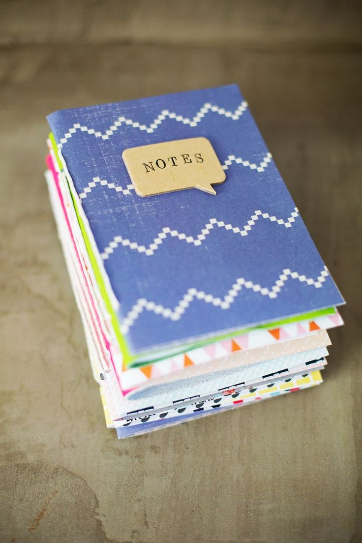 Easy Homemade Journals (I made all these in an hour!) Click through for step-by-step tutorial