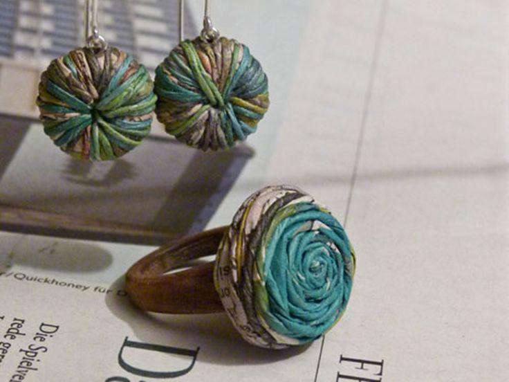 Die junge Südtiroler Designerin kreiert individuelle Schmuckstücke aus Altpapier. Liebevoll gestaltete Unikate werden zu ganz persönlichen Erinnerungen.