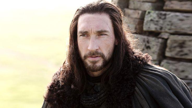 Benjen Stark in Season 1