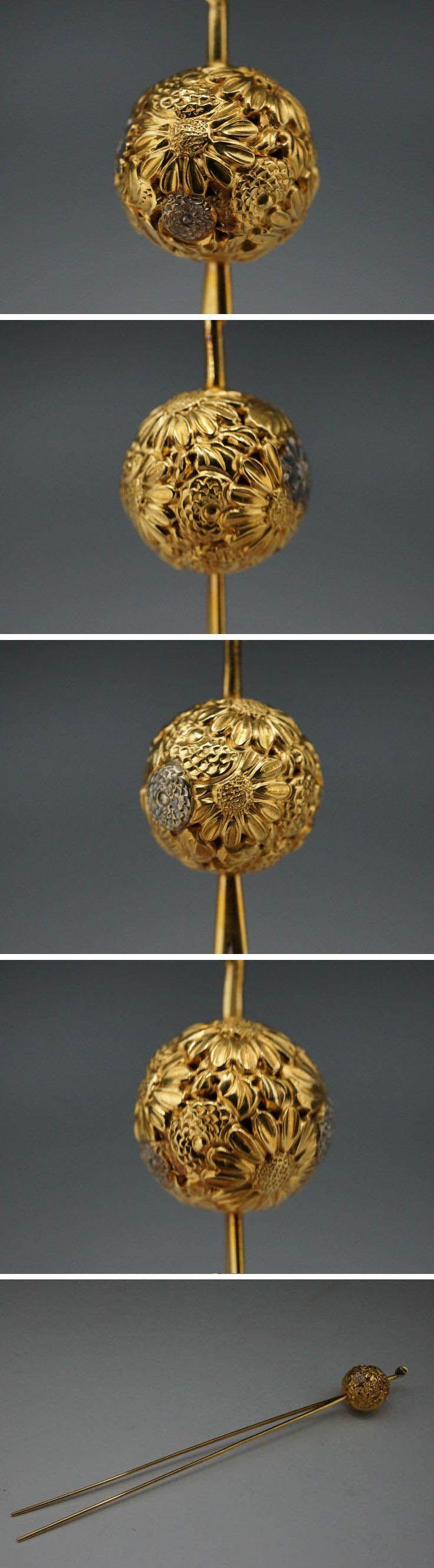 Japanese gold hair ornament (kanzashi)