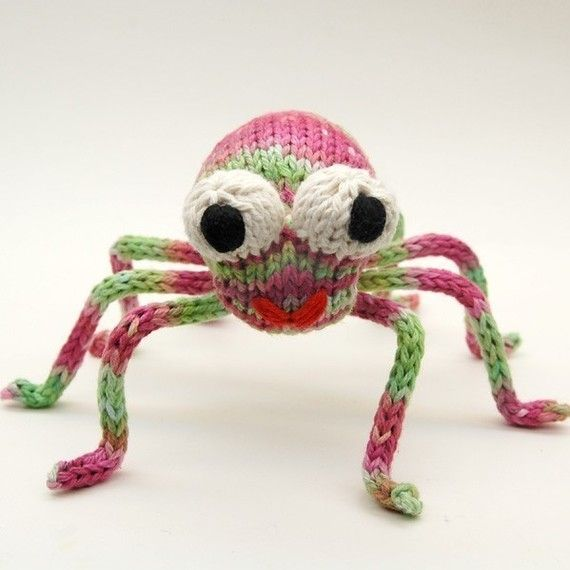 Amigurumi Spider Pattern : 171 best images about Stuffies Spiders on Pinterest ...