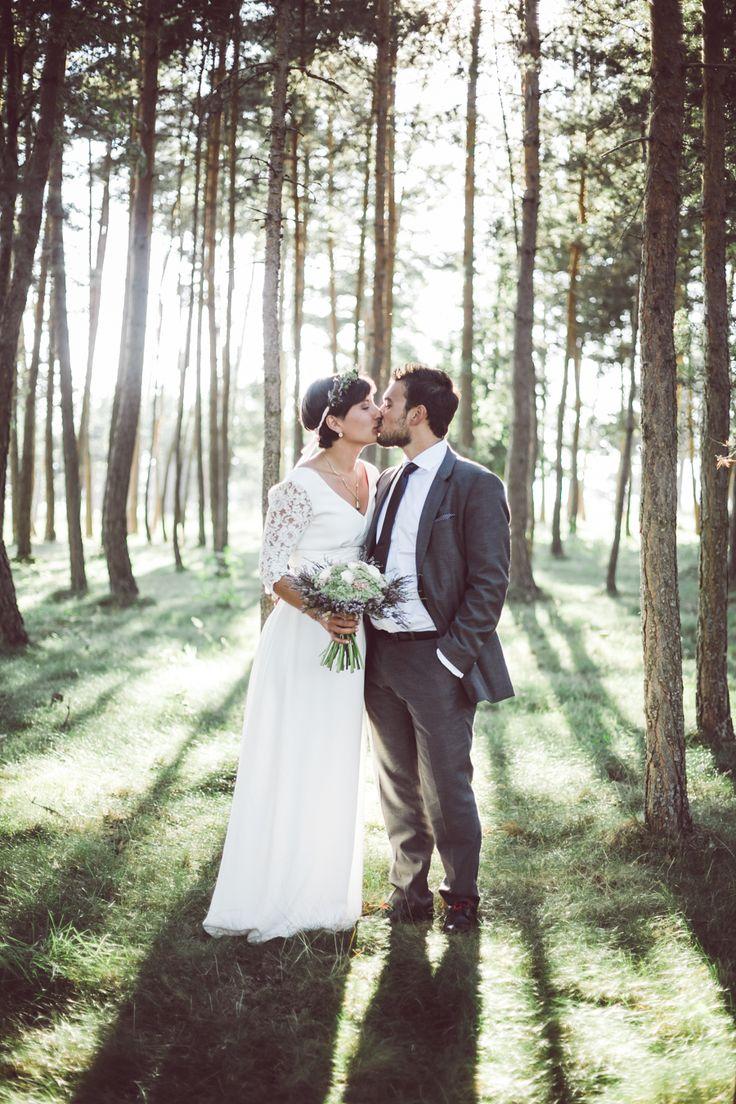 01/ Anaïs & Jacopo // Un mariage à la campagne - By destination wedding photographers http://lifestorieswedding.com/