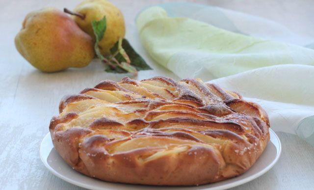 Gâteau au poire sans Matière grasse WW, un délicieux gâteau léger sans beurre et sans lait, très facile à réaliser, et vraiment fondant avec un goût très agréable.