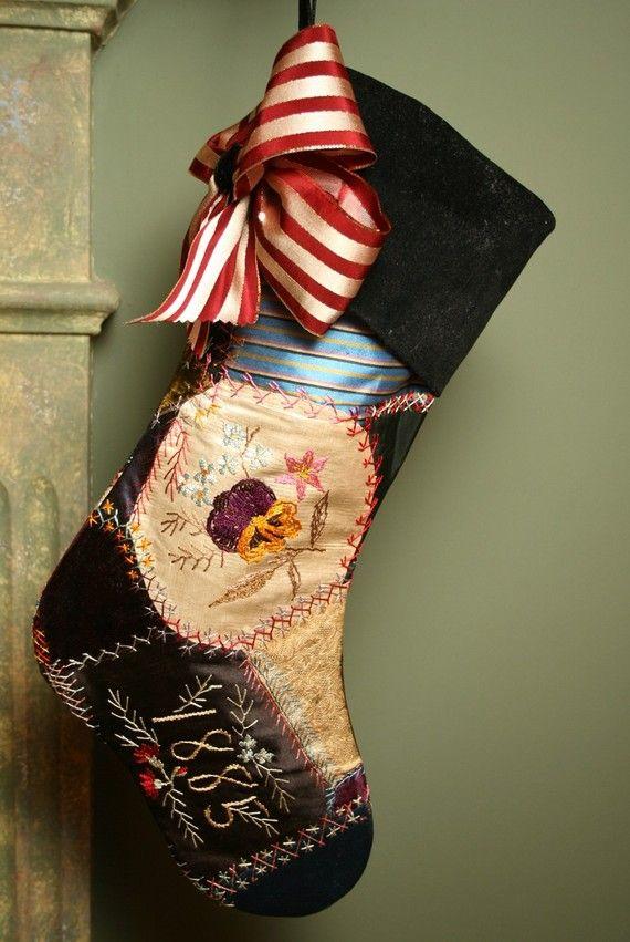 Elegant Antique Silk And Velvet 1885 Victorian Crazy Quilt