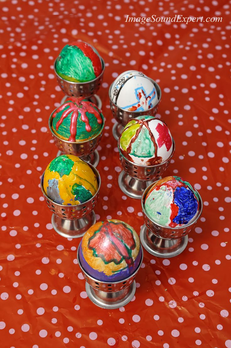 scoala altfel 2015, atelier de pictat oua, diffrent school 2015, workshop painted eggs, verschiedenen schul 2015, workshop bemalte eier, ecole differente 2015, l'atelier oeufs peints, oua pictate de copii,