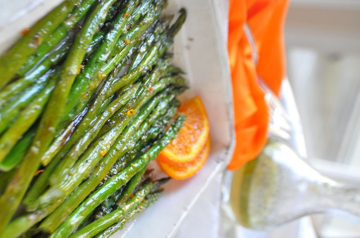 Don't just marinate your meat. Try this recipe for marinated asparagus. Vinegar, dill, and orange. Yum! #recipe