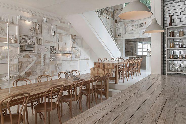In Guadalajara, Mexico, Cadena+Asociados revitalized the interior of a 1940's building to accommodate Alfonso Cadena's new restaurant, Hueso.