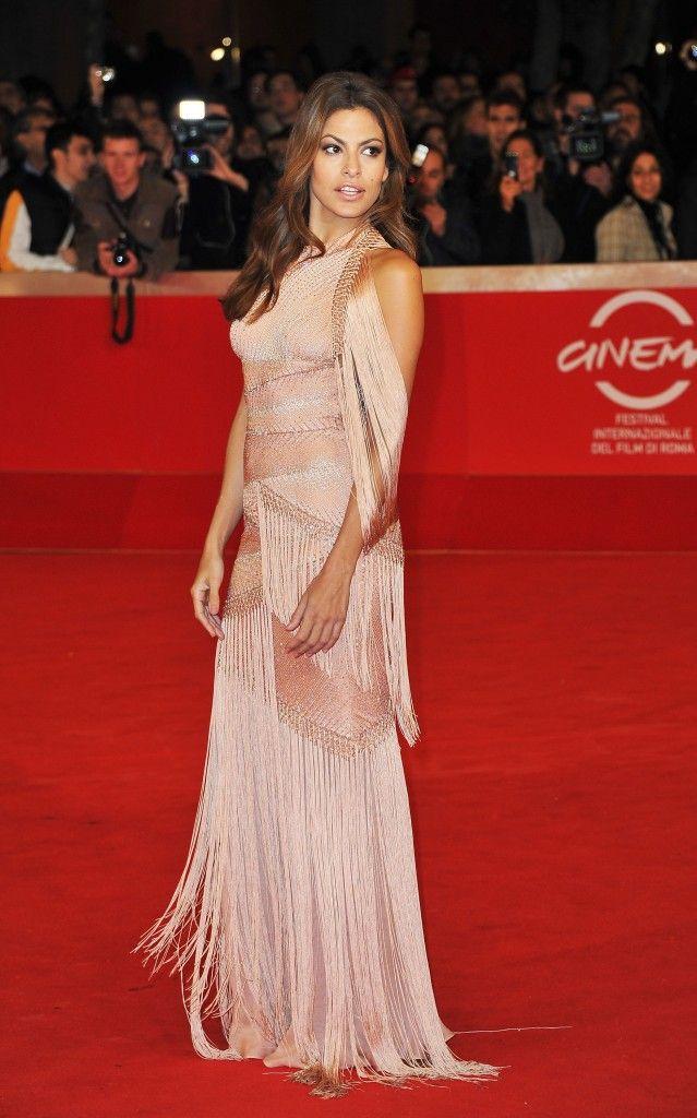 Donnez-moi le look de: Eva Mendes - Le Cahier