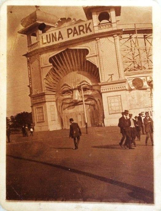 St.Kilda-Luna Park-02
