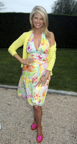 Christie Brinkley Photo - The Hamptons Magazine Party.   Kibbe Natural N. Spring colors on a Summer girl