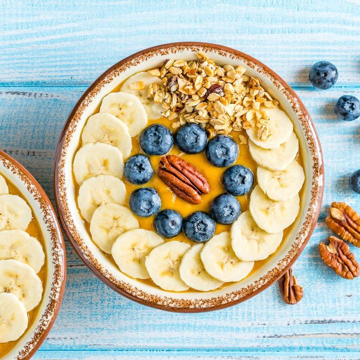 Make Mornings Great with these Pumpkin Pie Smoothie Bowls! - Clean Food Crush