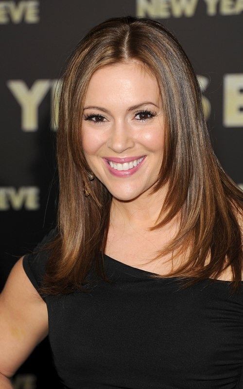 Alyssa Milano...wish i could get my hair this smooth and straight!