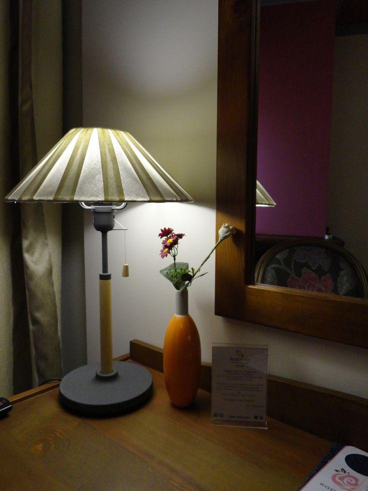 Λεπτομέρεια φωτισμού στα δωμάτια του Hotel Rodovoli. (Konitsa, Epirus, Greece)