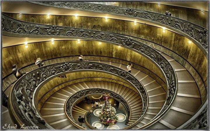 Las #escaleras más peligrosas y famosas del mundo http://www.metrocuadrado.com/decoracion/content/las-escaleras-mas-peligrosas-y-famosas-del-mundo