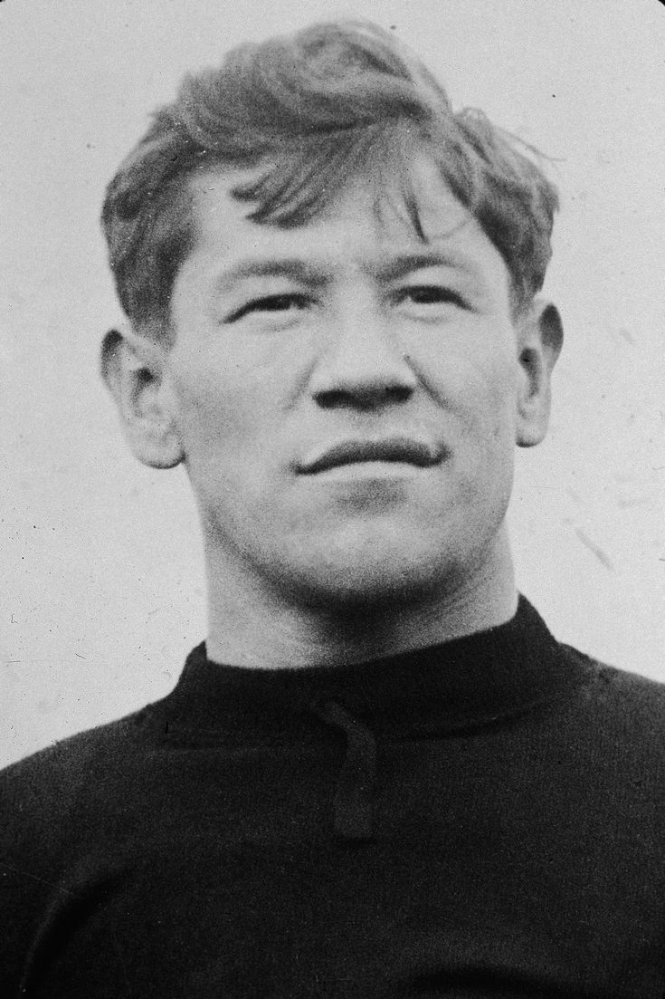 Who Was Jim Thorpe Considered One of the Best Athletes of All Time?