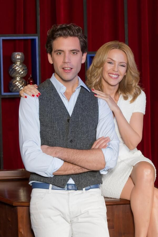 Kylie Minogue acts as co-coach with MIKA on The Voice France 2014