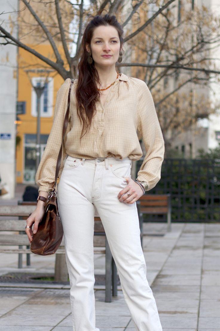 70s LOOK. Blouse à carreaux vintage et Levi's 501 Vintage checkered blouse and beige Levi 501.  http://www.oldnewthings-vintage.com/