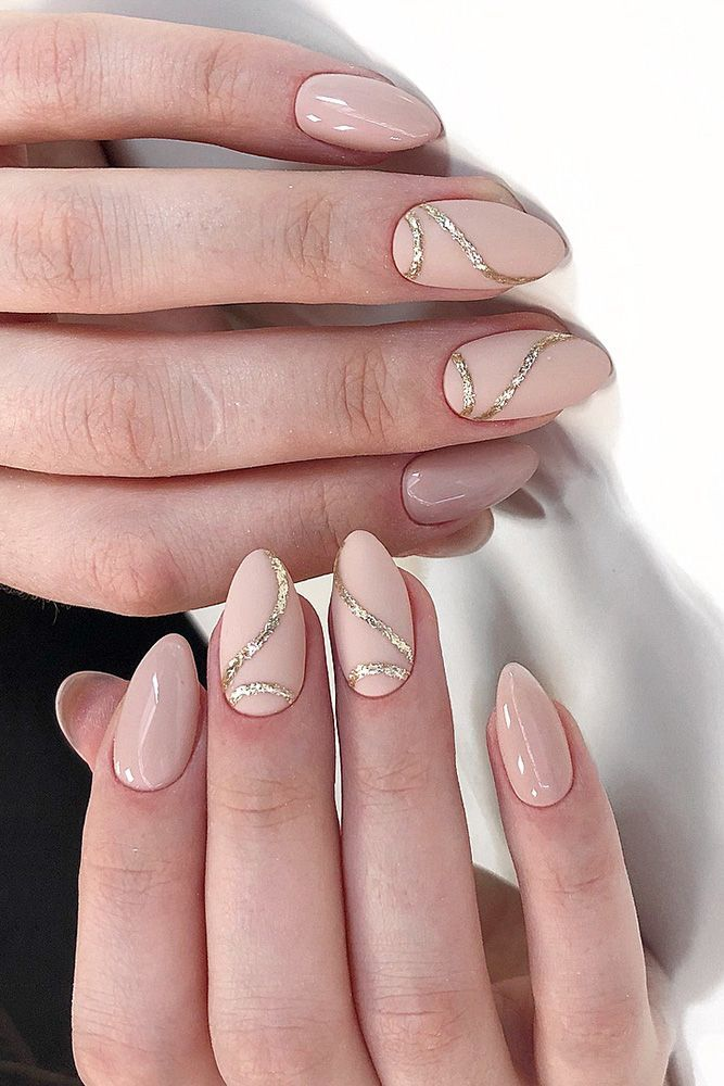 30 Cute Nail Design Ideas For Stylish Brides Wedding Forward Rose Gold Nails Design Gold Nail Designs Rose Gold Nails