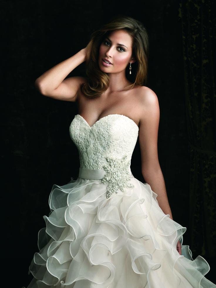 Strapless Wedding Dress I Wedding Gown I Bride I Bridal Gown I Allure Bridals (8955).