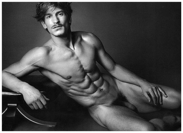 korean-supermodels-guys-naked