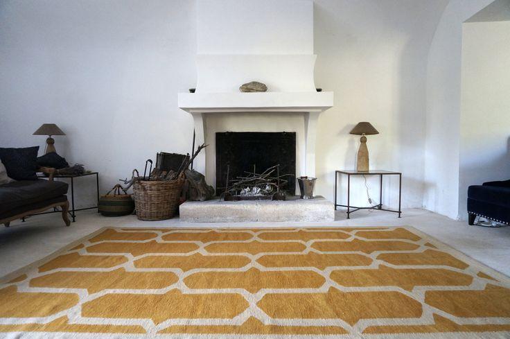 Ediciones alfombra Tarnoy - Acerca de